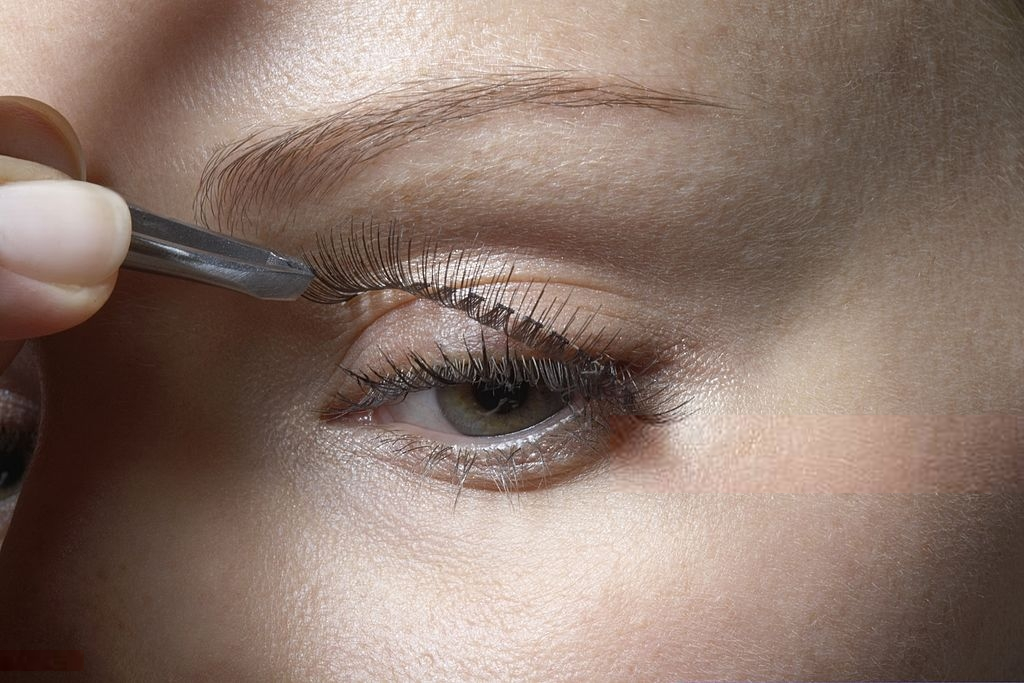 Eyelash services in Toronto