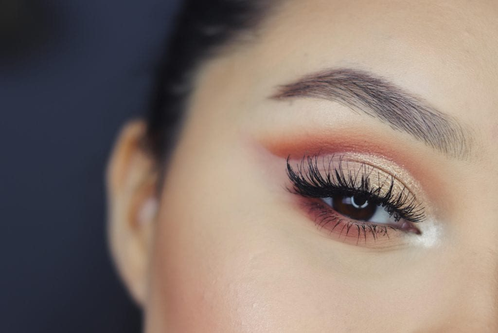 Eyebrow tinting in Toronto